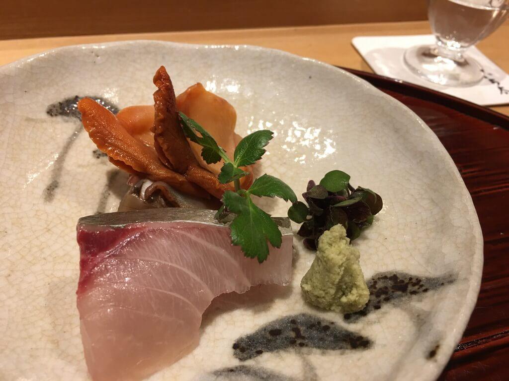 シマアジと赤貝