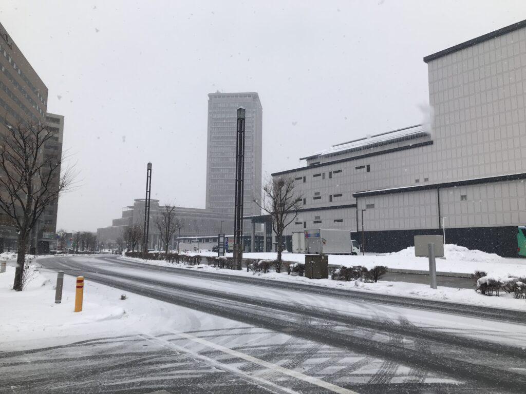 雪の山形駅